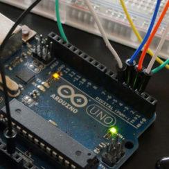 Merancang Sistem Pengukur Suhu di Arduino Merancang Sistem Pengukur Suhu di Arduino
